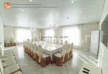 Новый коттедж в Казани в советском районе с бассейном.